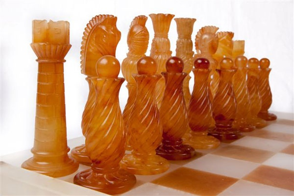 alabaster-volterra-chess
