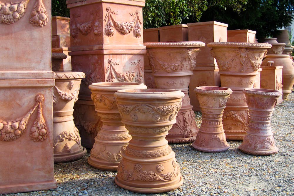 Shopping in Chianti terracotta