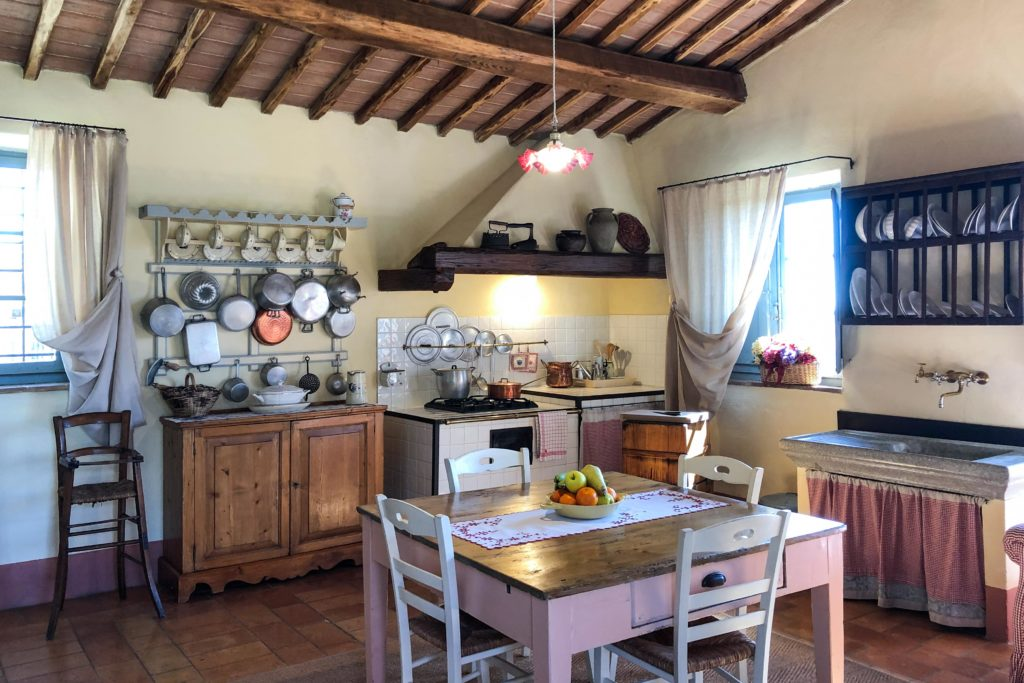 Kitchen Piccola Villa - Chianti Siena Tuscany villas apartments