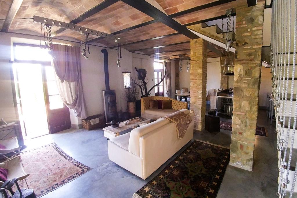 Villa Oliviera livingroom - Chianti Siena Tuscany villas apartments