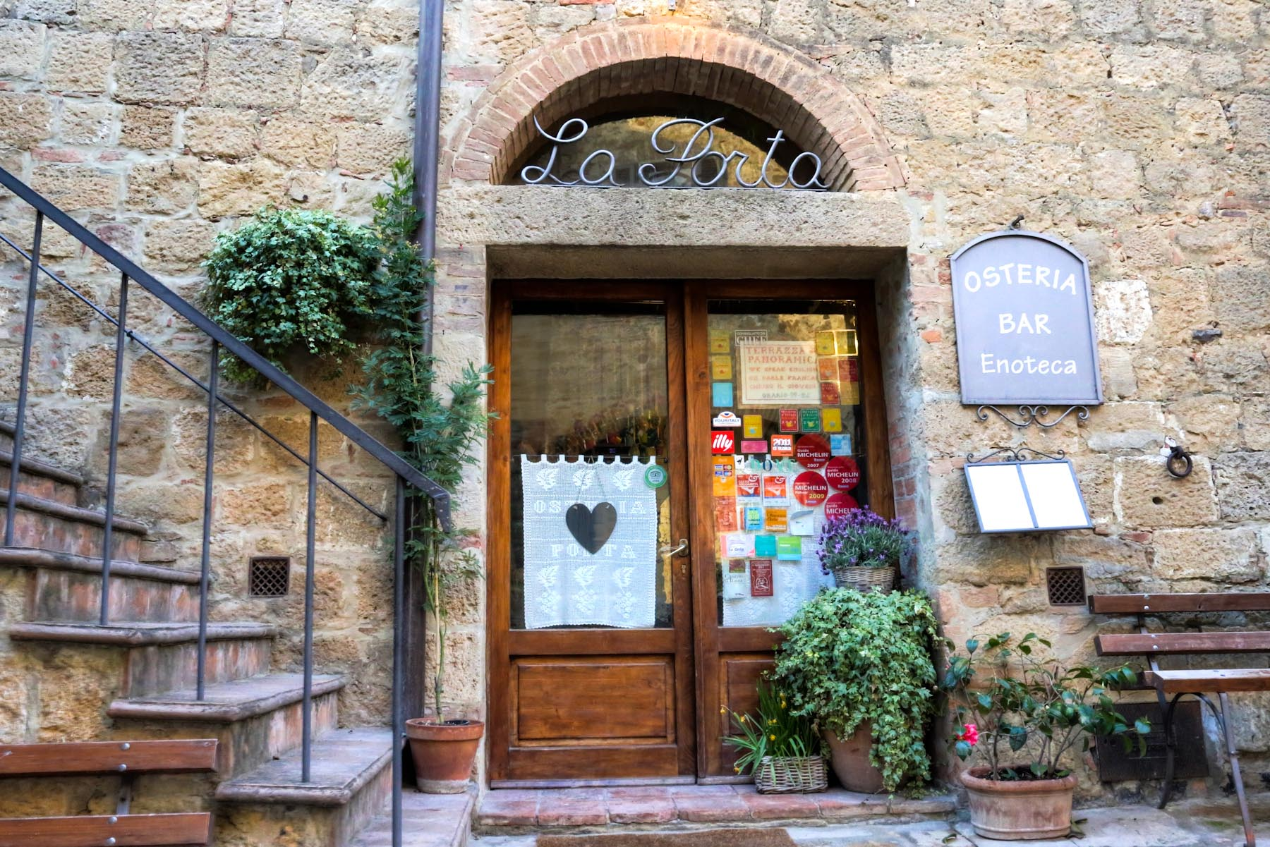 Osteria la Porta - best restaurants in Siena Tuscany