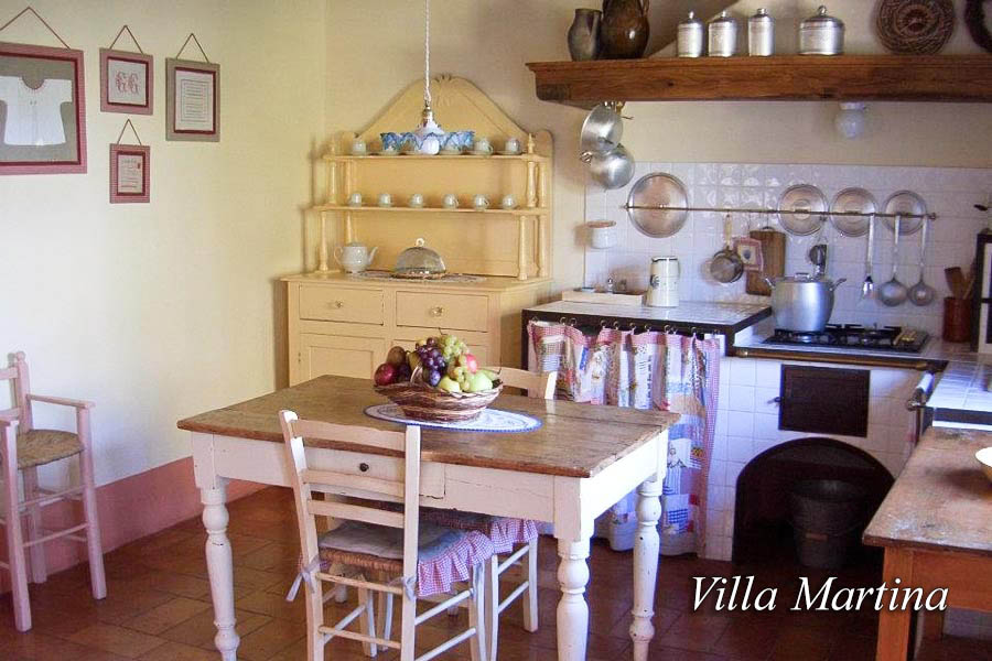 Kitchen Villa Martina - Chianti Siena Tuscany villas apartments
