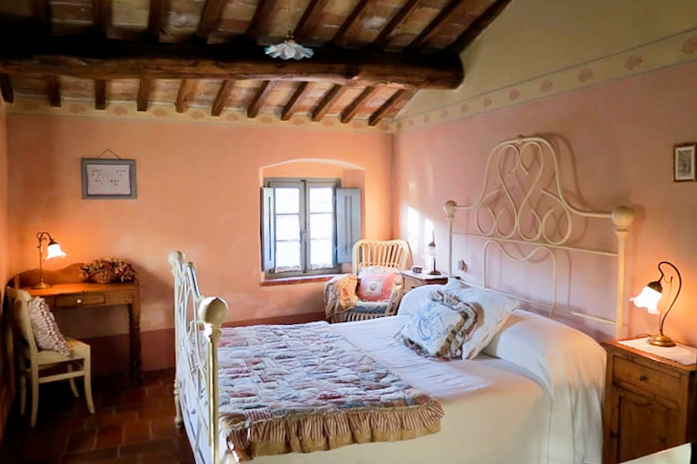 Double Room - Bed and breakfast in Chianti Siena Tuscany