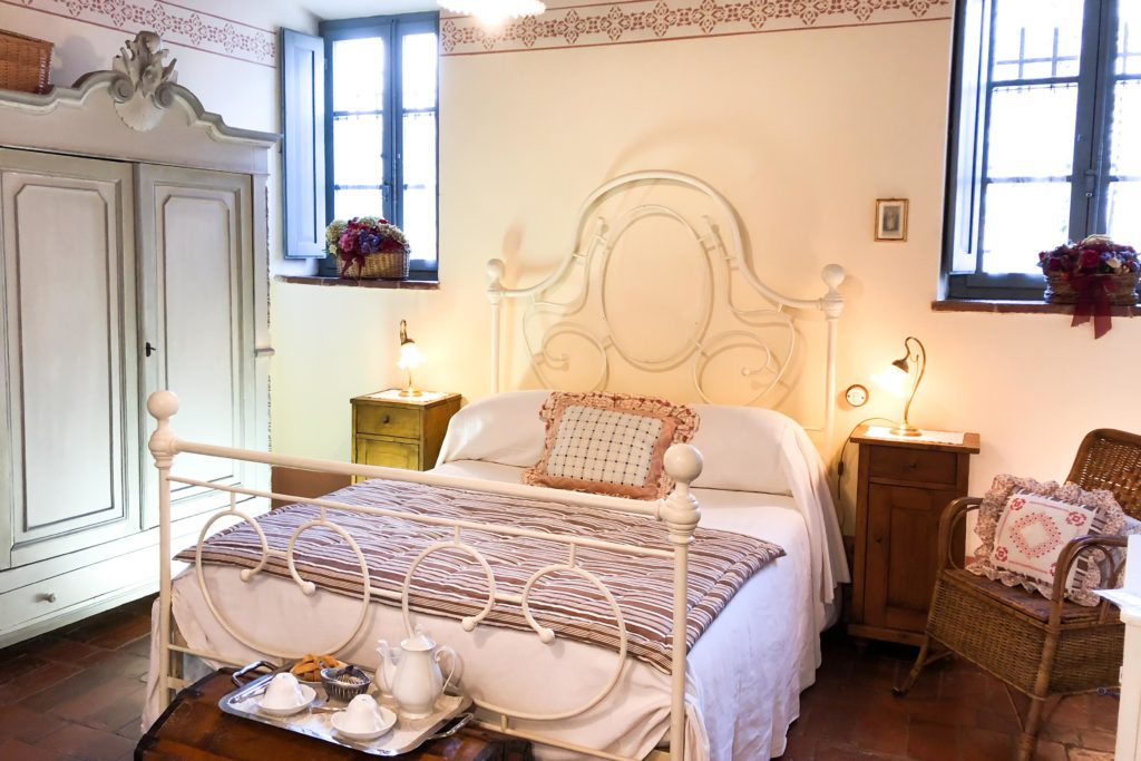 Double Annabelle room - bed and breakfast in Chianti Siena Tuscany