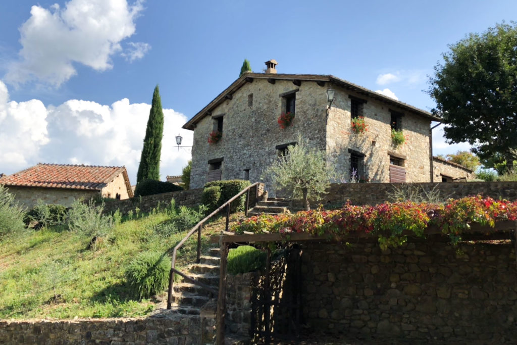 Villa Oliviera from outside - bed and breakfast in Chianti Siena Tuscany