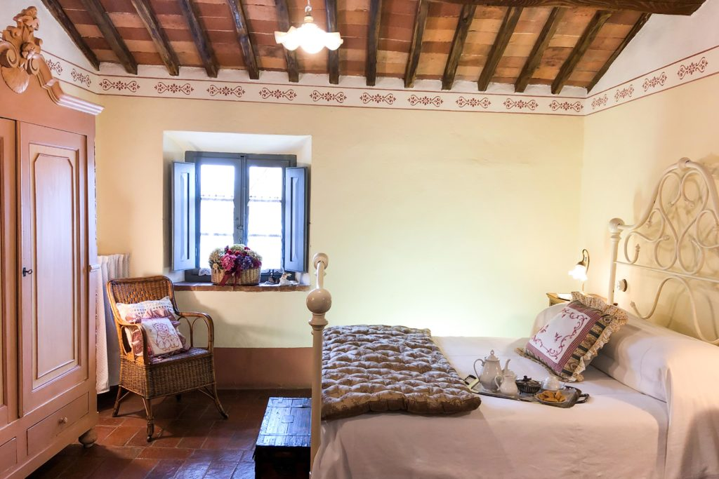 Double Flora room - bed and breakfast in Chianti Siena Tuscany