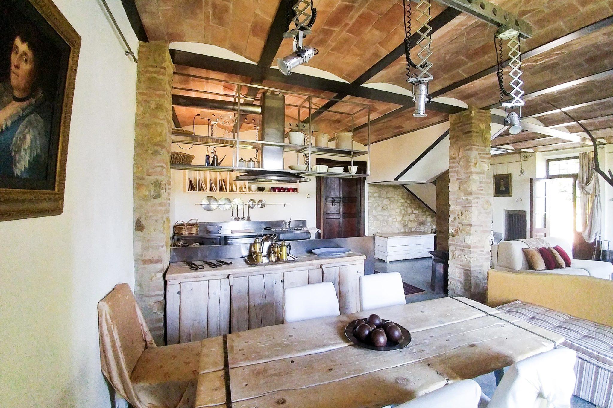 Villa Oliviera livingroom - bed and breakfast in Chianti Siena Tuscany