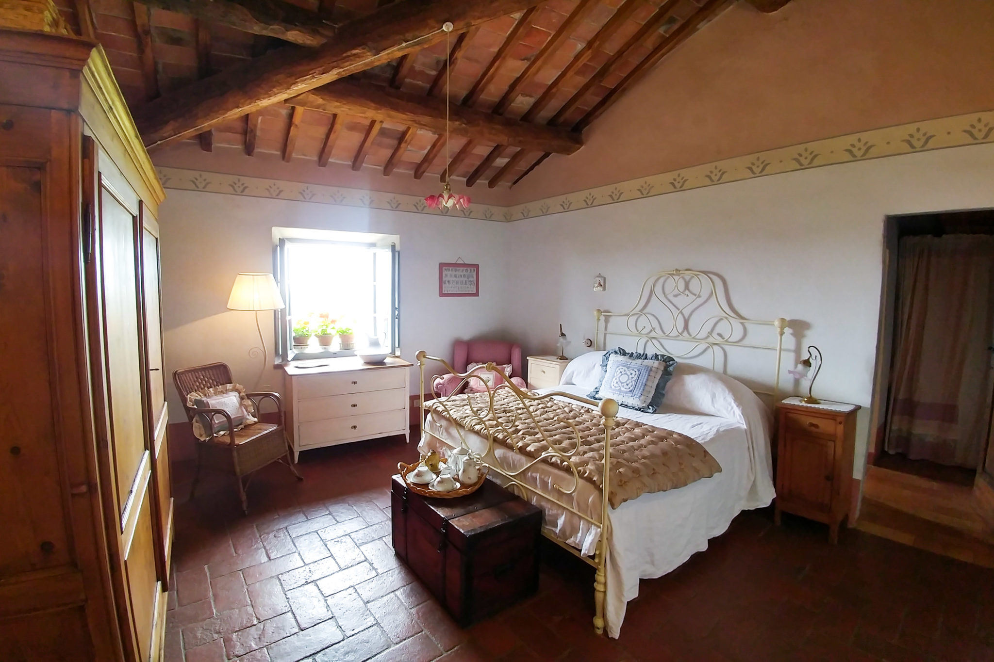 Room Double Fiory - bed and breakfast in Chianti Siena Tuscany