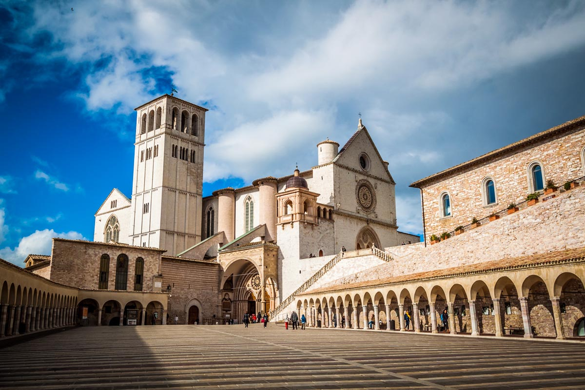 Assisi - Chianti and Tuscany highlights - Best places to visit in Tuscany