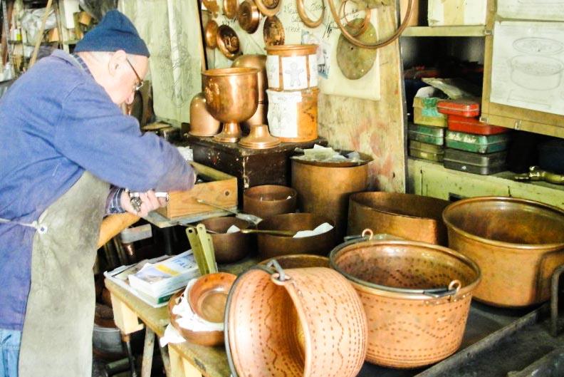 copper shop in chianti