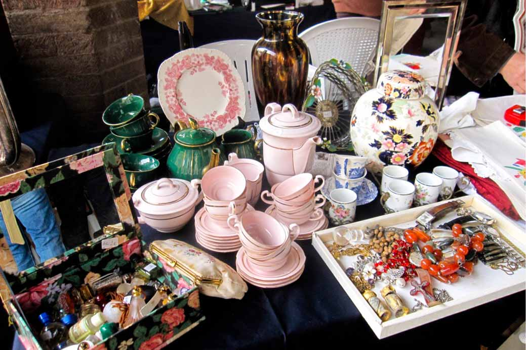 Flea Antique Market Pistoia - Things to do in Chianti Siena Tuscany