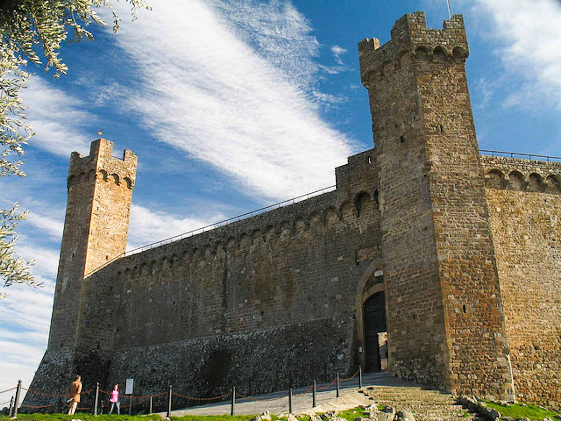 Montalcino Fortress - Things to do in Siena Tuscany