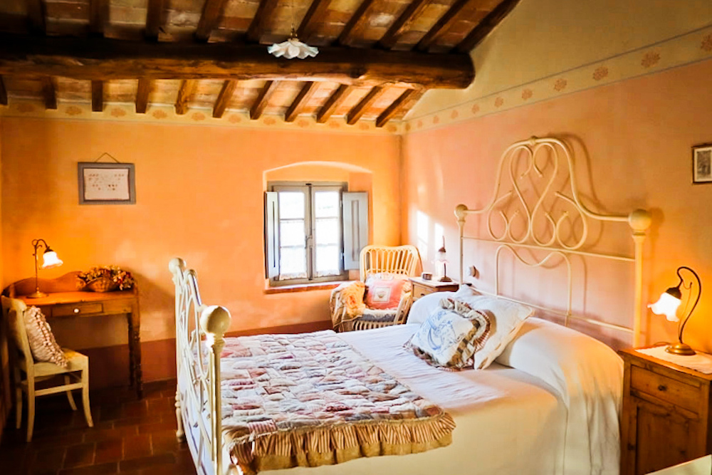 Rooms and suites double room - bed and breakfast in Chianti Siena Tuscany