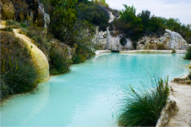 bagno vignoni hot springs - things to do in Chianti Siena Tuscany