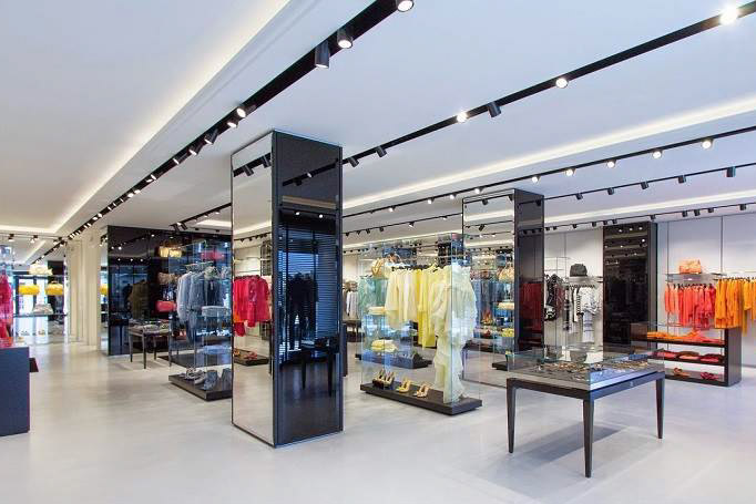 Gucci and Prada outlet