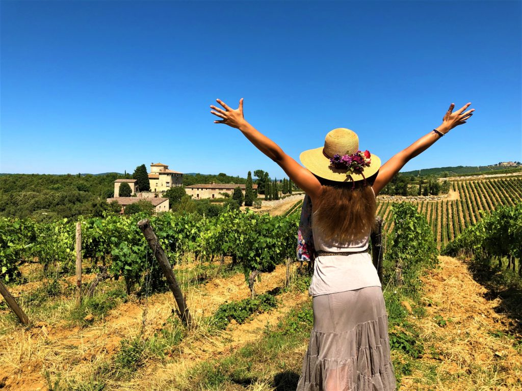 Take a deep breath and enjoy the Tuscany Landscapes :: Borgo Argenina with Elena Nappa